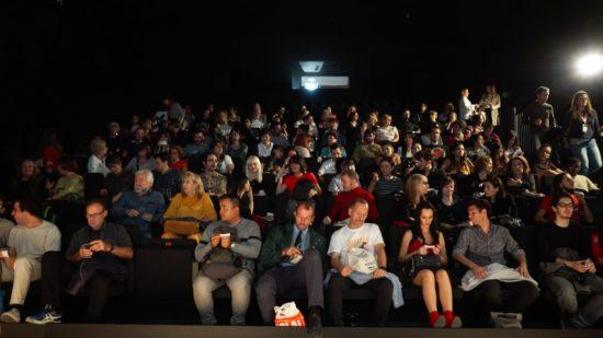 Asistencia de espectadores y votos de premios del público en el 27 FCM-PNR